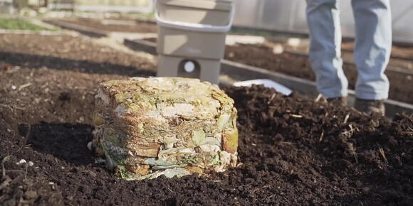How to turn bokashi into soil?