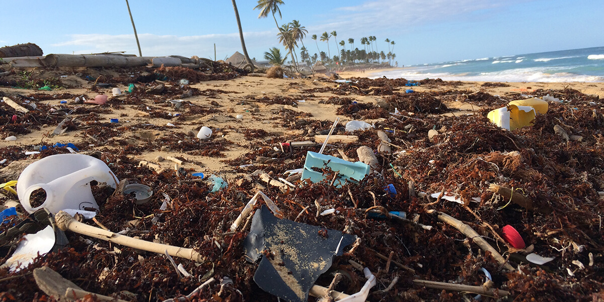 Plastic is the biggest problem with ocean pollution